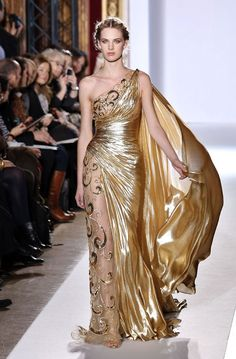 Zuhair Murad- Nope. Changed my mind. THIS is the coronation gown. Ah, what the hell: I'll have three coronation gowns!