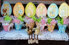 adorable Easter pots - free printables plus free bonus of 2 additional non lettered decorated eggs you can also print