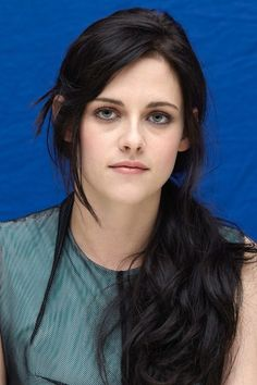 NOVEMBER 2011 - A low-tied ebony ponytail for a The Twilight Saga: Breaking Dawn - Part One photocall in Los Angeles.