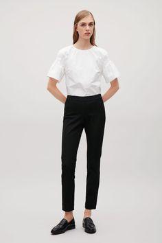 COS image 1 of Textured slim-fit trousers in Black Cos Trousers, Slim Fit Trousers, Trousers Women, Pants For Women, Cut Sweatshirts, Minimal Outfit, Kermit, Work Wardrobe, Black Pants