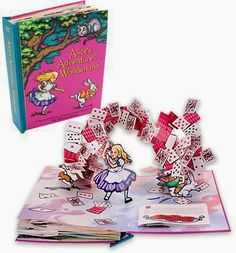 Lavender likes, loves, finds and dreams: Alice's Adventures in Wonderland pop-up book
