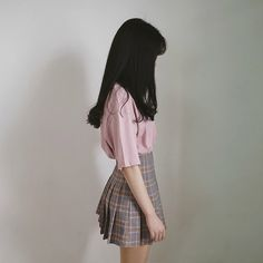 Find images and videos about clothes, ulzzang and simple on We Heart It - the app to get lost in what you love. Ulzzang Fashion, Ulzzang Girl, Asian Fashion, Karin Uzumaki, Fashion Lighting, Wattpad, Korean Outfits, Asian Style, Aesthetic Fashion