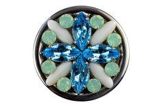 ONI Blue Daisy - Exclusive bag hanger with beautiful Swarovski crystals. Bag hanger handbag holder tassenhanger tassenhaak väskhängare. www.youroni.com