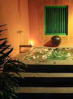 The outdoor soaking tub is perfect for a romantic evening. #Indistay | The Last House, Sri Lanka