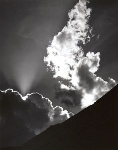 Ansel Adams - Cloud, Sierra Nevada, 1936 [for Yama Bato ; Sierra Nevada, Edward Weston, Black And White Landscape, Black N White Images, Ellen Von Unwerth, Henri Cartier Bresson, Ansel Adams Photography, Nature Photography, Inspiring Photography