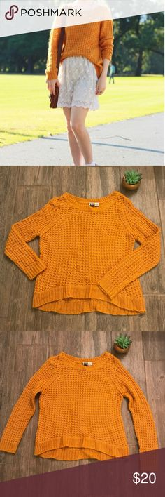 ROXY mustard yellow / burnt orange sweater ROXY mustard yellow / burnt orange sweater size small Roxy Sweaters