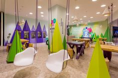 Inspired by a snowy mountainside, this colourful yoghurt store, Stone Fresh has some serious colour.