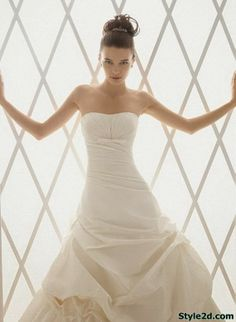 Style wedding dresses Aire Barcelona img6376b5167d82fb130