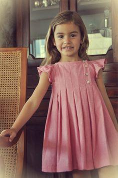 Inspiration for traditional classic girls clothing! Frocks For Girls, Dresses Kids Girl, Little Girl Dresses, Cute Dresses, Kids Outfits, Flower Girl Dresses, Children Dress, Children Clothing, Little Girl Fashion