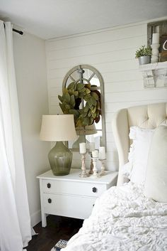 Flawless 45+ Stunning Magnolia Homes Bedroom Design Ideas For Comfortable Sleep https://decoredo.com/12710-45-stunning-magnolia-homes-bedroom-design-ideas-for-comfortable-sleep/