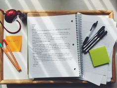 chuteendormie: Been slacking off on my work so I woke up early today and started to catch up on my work, mostly for history, and organize my work space and classes before school starts next week. And I bought some Sharpie Pens yesterday and I absolutely love how they're so easy to write with, especially on post-it notes!!