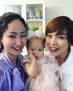 Former Wonder Girls Sunye and Yenny Reunite | Koogle TV