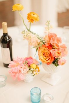 Bright + Cheery wedding flowers by http://www.amyosaba.com/ | photography by http://erinheartscourt.com/