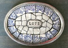 Mosaic Tray, Mosaic Wall, Mosaic Glass, Stained Glass, Tile Crafts, Mosaic Crafts, Mosaic Pieces, Broken China, Kintsugi