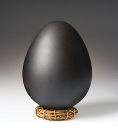 Black Dragon Egg: Elodie Holmes: Art Glass Sculpture - Artful Home
