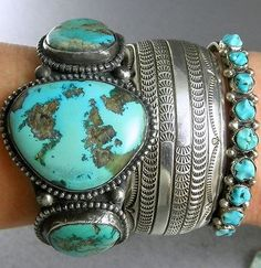 83g-Large-Old-Natural-Greeny-Blue-Boulder-Turquoise-Pawn-Cuff-Bracelet
