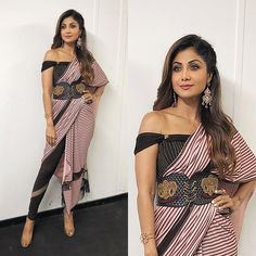 Super party look fashion heels ideas Indian Fashion Dresses, Indian Designer Outfits, Designer Dresses, Fashion Outfits, Fashion Heels, Fashion Pants, Saree Wearing Styles, Saree Styles, Stylish Sarees