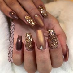 55 Stylish Coffin Nail Designs To Copy Right Now - Gelnägel - Nageldesign Natur Gorgeous Nails, Love Nails, Pretty Nails, Fun Nails, Amazing Nails, Fall Nail Art Designs, Thanksgiving Nails, Fall Acrylic Nails, Burgundy Acrylic Nails
