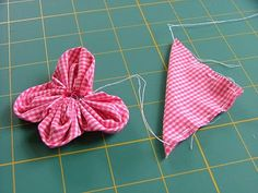Fabric flowers for hairclips @Heather Keating, a project for us!
