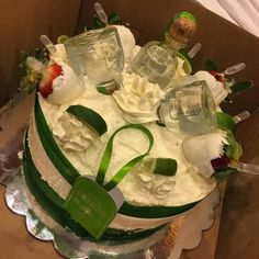 Ideas birthday cake ideas for adults husband galleries for 2019 25th Birthday Cakes, Adult Birthday Cakes, Tea Party Birthday, Birthday Ideas For Her, Birthday Gifts For Girlfriend, Husband Birthday, Liquor Cake, Alcohol Cake, Cocktail Gifts