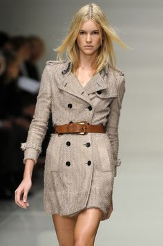 London Spring 2010 - Burberry Prorsum