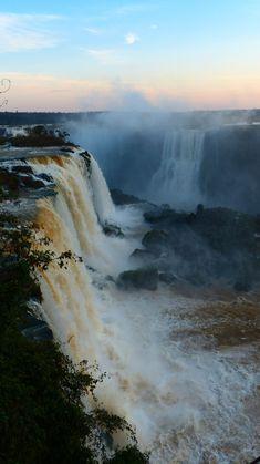 Brésil - Chutes d'Iguaçu https://picsandtrips.wordpress.com/2015/01/31/iguacu-parque-das-aves-cote-bresilien/