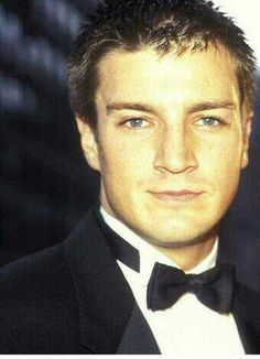 Nathan Fillion. Looks very young here.