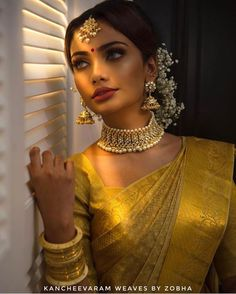 Beautiful South Indian Wedding Wear Idea :- AwesomeLifestyleFashion Different Culture have their own look and style and Kanjivaram and. Indian Wedding Makeup, Indian Wedding Wear, Indian Wedding Sarees, Indian Bridal Jewelry, Indian Makeup Looks, Indian Bridal Fashion, Wedding Saree Blouse Designs, Saree Wedding, Tamil Wedding