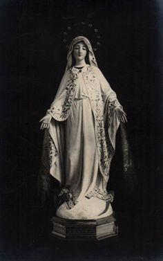 """Stella matutina: """"Maria, Estrela do Mar, Rainha dos Céus."""""""