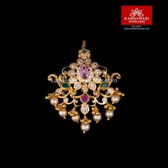 Shop traditional maang tikka online from Kameswari Jewellers in India. Choose from latest maang tikka and bridal jewellery collections. Gold Jhumka Earrings, Gold Earrings Designs, Gold Jewellery Design, Necklace Designs, Gold Designs, Tika Jewelry, Baby Jewelry, Craft Jewelry, Jewelry Sets