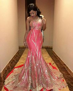 Eline Shuma looking sensual in a golden lace gown. Isn't she lovely African Prom Dresses, Latest African Fashion Dresses, African Dresses For Women, African Print Fashion, African Wedding Attire, African Attire, African Outfits, African Traditional Wedding Dress, Second Wedding Dresses