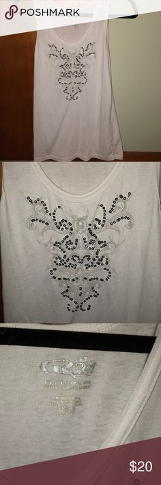 White sequin tank top A beautiful and light Roper sequin design tank top. I only used once. There are no tears, stains, or discoloration. Very comfortable to wear Roper Tops Tank Tops