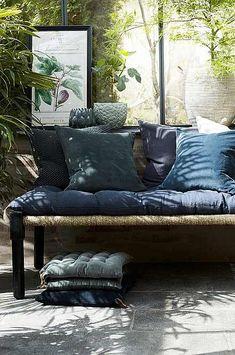Outdoor Sofa, Outdoor Spaces, Outdoor Living, Outdoor Furniture, Outdoor Decor, Glass House, Dream Garden, Living Spaces, Sweet Home