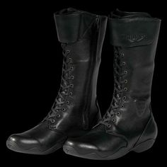 The women's Triumph AS6 Boots offer a stylish lace-up design. Designed with Alpinestars®, these leather riding boots are waterproof, windproof and breathable. They also feature a hidden side zipper for convenience.