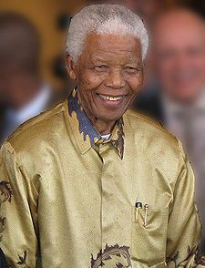 Feb South African activist, Nelson Mandela was freed after 27 years in captivity. Picture:Nelson Mandela on the eve of his birthday in Johannesburg in May 2008 Citation Nelson Mandela, Nelson Mandela Quotes, We Are The World, Change The World, Martin Luther King, Afrique Francophone, African National Congress, Cv Online, Paladin