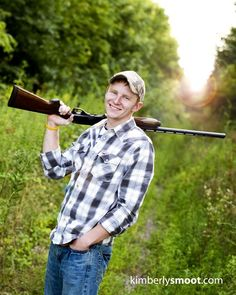 High School Senior Pictures Ideas - Bing Images (a must take photo of Adam) Country Senior Pictures, Male Senior Pictures, Boy Pictures, Senior Photos, Hunting Senior Pictures, Girl Photos, Family Pictures, Senior Boy Poses, Senior Portrait Poses