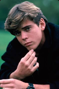 Image detail for -The Outsiders :: C. Thomas Howell as Ponyboy Curtis picture by megdays ...