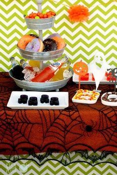 Creepy Crawly - Spider Tablecloth #halloweendecor #tablecloth pickyourplum.com