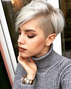 cool 25 Good-Looking Short Haircuts: Shaved Side Long Pixie; medianet_width = medianet_height = medianet_crid = medianet_versionId = (function() { var isSSL = 'https:' ==. Long Pixie Cuts, Short Hair Cuts For Women, Short Pixie, Short Hair Styles, Pixie Crop, Short Cuts, Pixie Hairstyles, Pixie Haircut, Cool Hairstyles