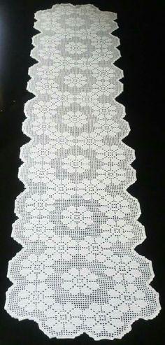 Fillet Crochet, C2c Crochet, Crochet Flower Patterns, Crochet Flowers, Crochet Stitches, Free Crochet, Crochet Table Runner, Crochet Tablecloth, Crochet Doilies