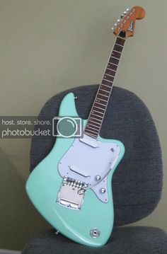 Original (and not so original) design template thread Guitare Fender Stratocaster, Build Your Own Guitar, Green Electric, Vintage Electric Guitars, Music Machine, Guitar Building, Pedalboard, Fender Guitars, Musicals