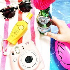 Double tap if you're hanging poolside today! #ItsA10