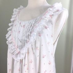 883a73fda8 Pink Floral Nightgown Gilligan O Malley Sleeveless Pintuck Lace Large Vtg  USA