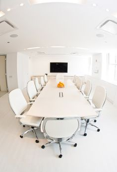 Boardroom tables by Teknion