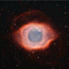 Somos parte del Universo y éste nos lo recuerda desde 15 millones de años luz de distancia.