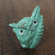 TURQUOISE OWL FETISH BY KATERI SANCHEZ ZUNI FETISH