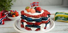 Public Holidays, Norway, Flora, Party, Sweet, Desserts, Constitution, Cakes, Diy