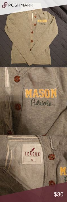 Vintage style GMU cardigan Gorgeous, high quality cardigan from George Mason University. Very soft sweatshirt material with wood buttons, pockets in the front, and a neck that buttons all the way up to stay toasty! Only worn a couple times because it's the wrong size for me! league collegiate wear  Sweaters Cardigans
