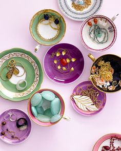 Storage Style : Jewelry Display