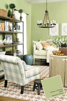 Looking for a fresh, Spring green for your living room? How about Benjamin Moore's Shades of Spring